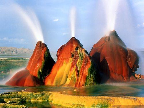 du lich fly geyser, nevade kham pha mieng nui lua phun nuoc